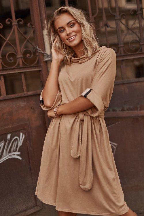Modna enobarvna tunika obleka