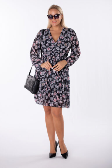 obleka-v-cvetličnem-vzorcu