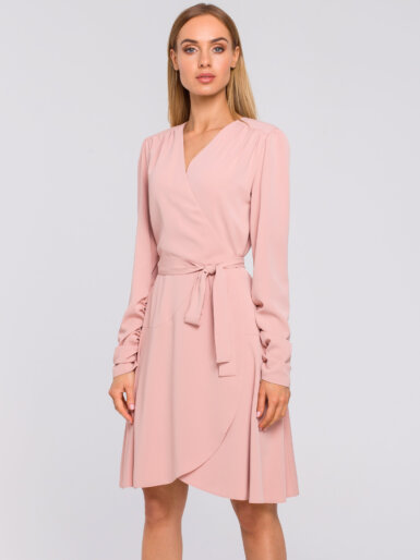 obleka-roza-v-preklopnem-izgledu