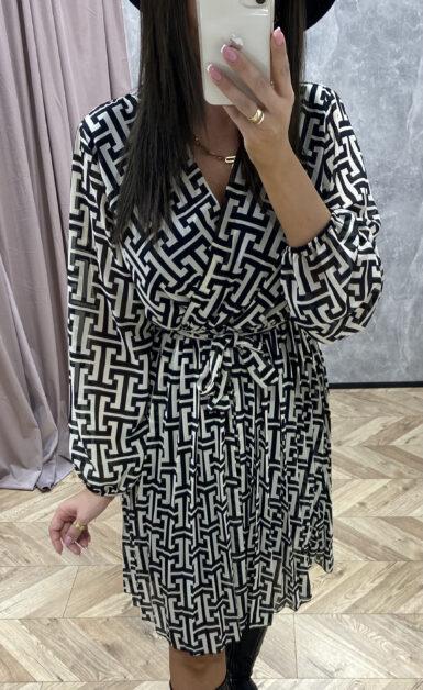 modna-damska-plisirana-obleka-črno-bela