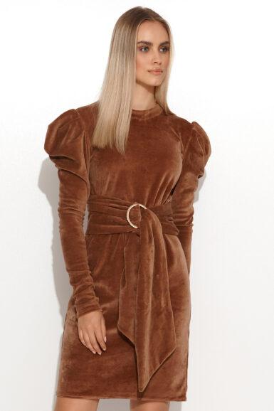 ozka-obleka-iz-neznega-plisa-kamelje-rjava