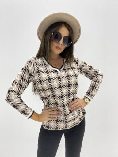 majica-bluza-z-detajli-v-izrez-14