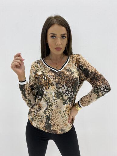 majica-bluza-z-detajli-v-izrez-13