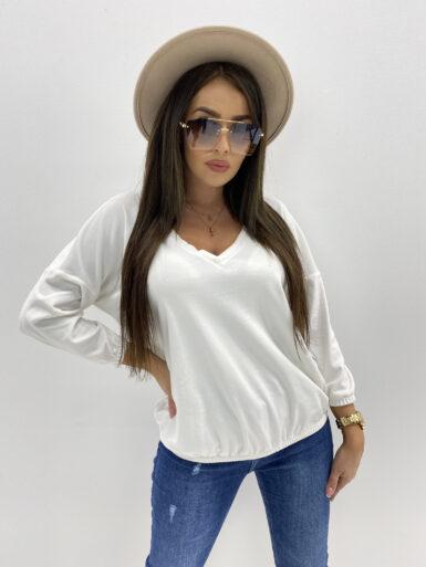 majica-pulover-v-izrez-iz-pliša-bela